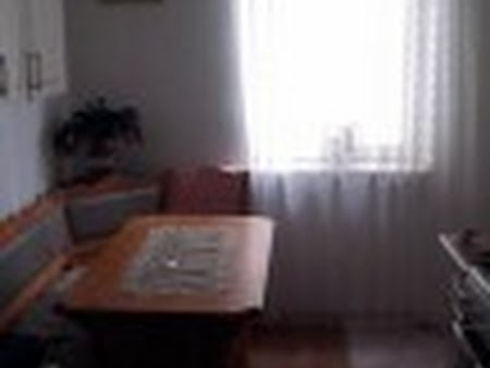 Apartament 4 camere central - str. Principala
